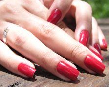 Twój kosmetyczny niezbędnik, czyli… 5000 lat lakieru do paznokci!