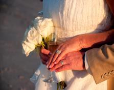 Ślubne wierszyki, czyli teksty na etykiety z ciastem weselnym, butelki z alkoholami, podziękowania dla gości…