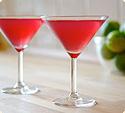 Kolorowe drinki czy wódka dla gości?