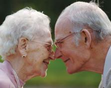Zakochani staruszkowie