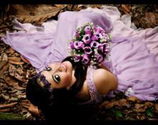 Moda na kolorowe suknie ślubne