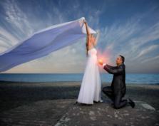 Jak to się dziś nosi? O trendach w modzie ślubnej na Sezon Wiosna 2009