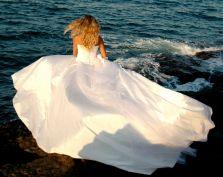 Jak się pozbyć sukni ślubnej?